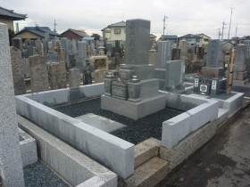 お墓の建て替え完成