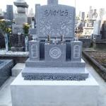 岐阜市萱場墓地でデザイン墓石建立しました