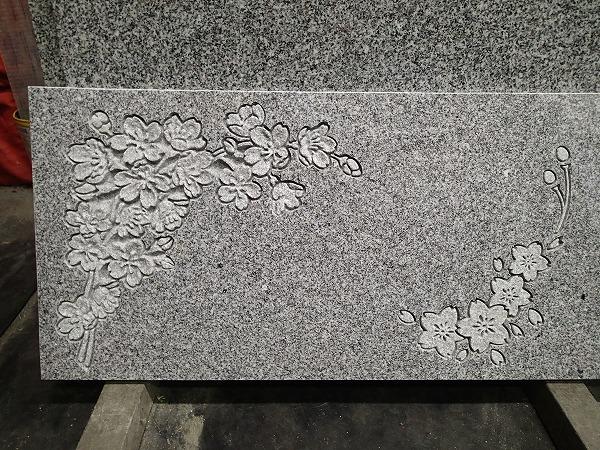 デザインの墓石の試し彫り