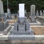 唐原石のお墓