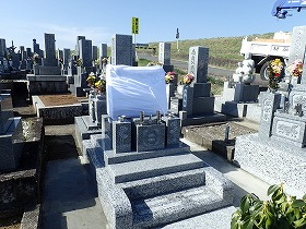 純国産大島石のデザイン墓石